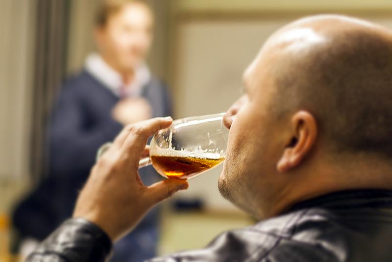 Dica do Sommelier: você sabe qual é o passo a passo para uma boa degustação de cervejas?